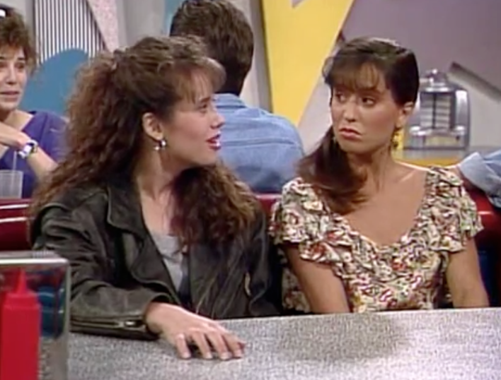 This Is What Tori Scott From Saved By The Bell Looks Like Today