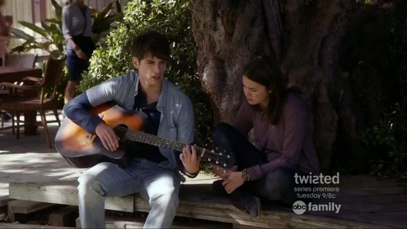 The fosters jesus and callie