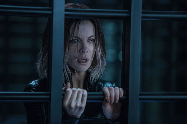 Underworld Kate Beckinsale behind an iron door