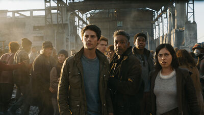'Maze Runner: The Death Cure': New Clip Shows Thomas Leap to Uncertain Death