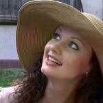 Обиженная И Сексуальная Алла Ковнир – Жизнь Продолжается (2002)
