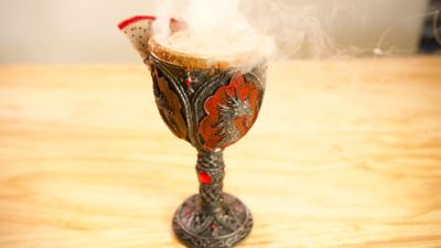 How to Make a Fire + Ice Float Inspired by 'Game of Thrones'