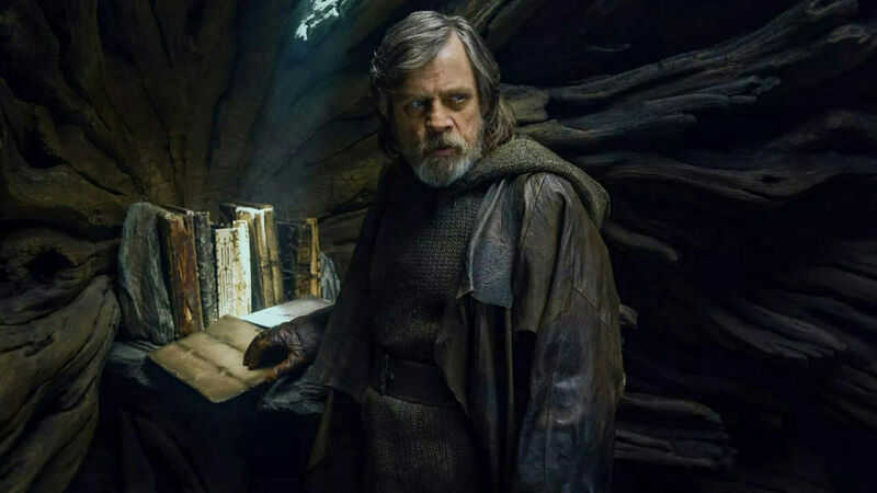 Mark Hamill Reveals The Story He Wanted For Luke in 'The Last Jedi
