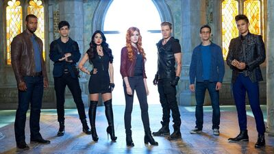 NYCC: 'Shadowhunters' Sneak Peek at Season 2 and Guest Director Paul Wesley