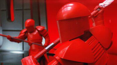 Could the Praetorian Guards Defeat a Jedi?