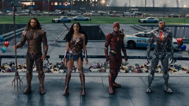 justice-league-group-2