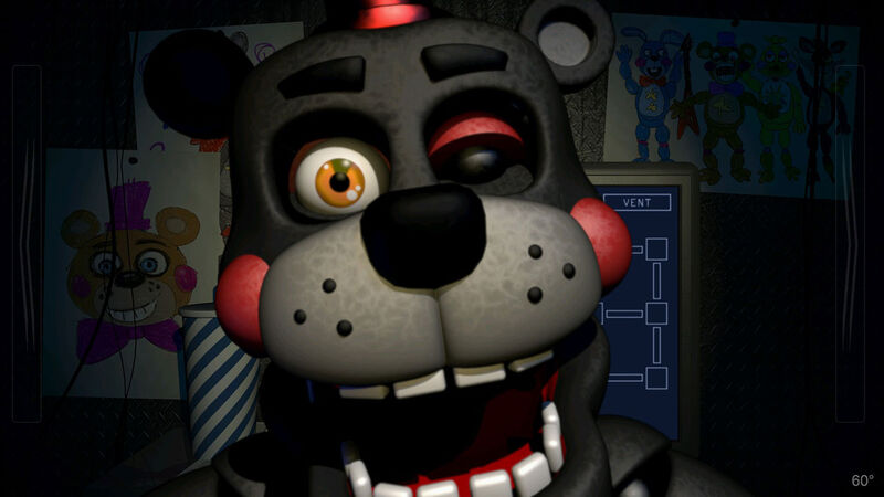 FANDOM Plays Scary Games: 'Freddy Fazbear's Pizzeria