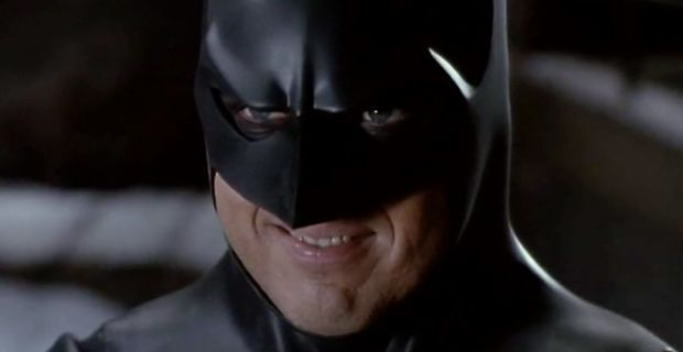 michael-keaton-batman-smile