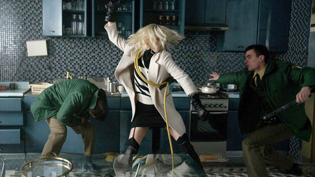 atomic blonde review charlize theron action fight scene