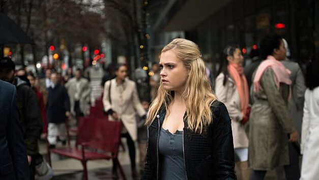 the-100-season-3-finale-clarke-col