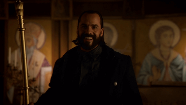 Vandal Savage Arrow
