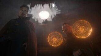 Avengers Infinity War - Hulk Arrives on Earth Thanos Is Coming (open matte)