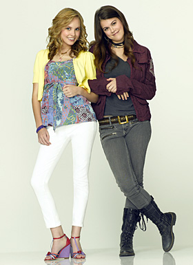 File:10 Things I Hate About You - Season 1 - Bianca and Kat Stratford.jpg