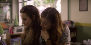S02E01-The-First-Polaroid-090-Hannah-Olivia