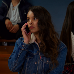 Jessica trying to call Justin