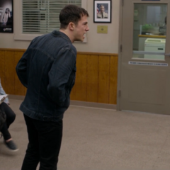 Clay telling people at the sheriff's station that he has a gun