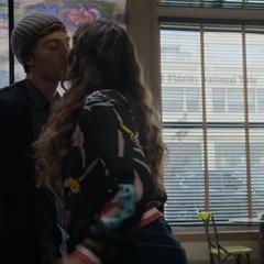 Alex and Jessica kissing