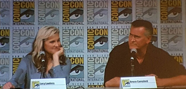 lucy-lawless-bruce-campbell