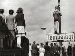 Germans-airlift-1948