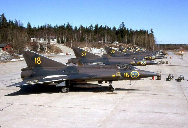 File:Saab J 35A-01.jpg