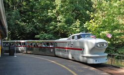 Zooliner train - Washington Park & Zoo Railway, cropped