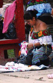 IndigenousWomanPalenque2
