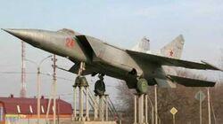 Mig-25 Foxbat (Rare Videos)