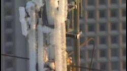 Ice buildup on World Trade Center TV mast-0