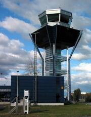 Oulun lentoaseman torni