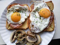 Eggs-as-food