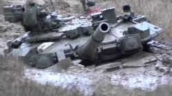 Russian tank T-90 (1000HP) stuck in the mud - Русский танк Т-90 (1000 л.с