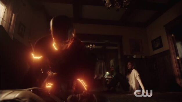 the-flash-run-devil-run-trailer-barry-reverse-flash