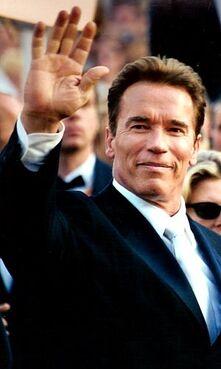 300px-Arnold Schwarzenegger 2003