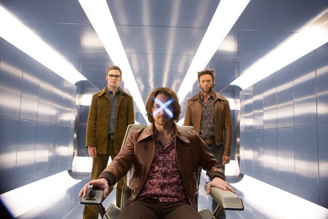 File:X-Men (Earth-TRN414).jpg