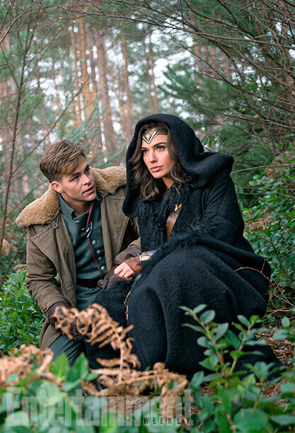 Wonder Woman and Captain Kirk together at last