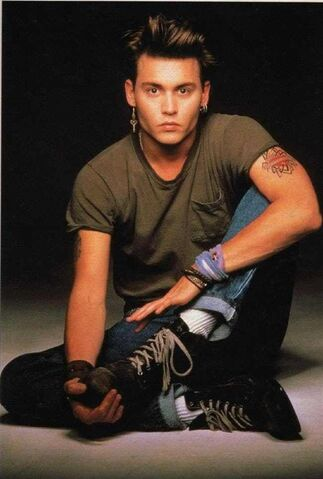 File:Young-johnny-depp-in-chest-pocket-shirt-photo-u1.jpg