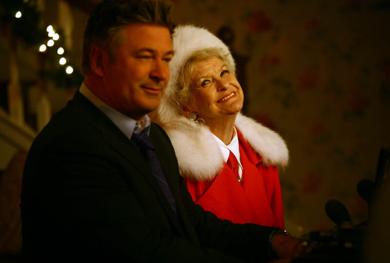 30 ROCK Christmas Special jack and his mother