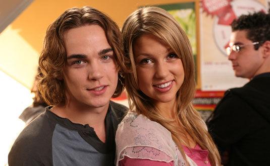 Sean and Emma Degrassi