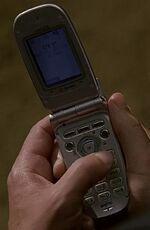 1x19 Jack's phone