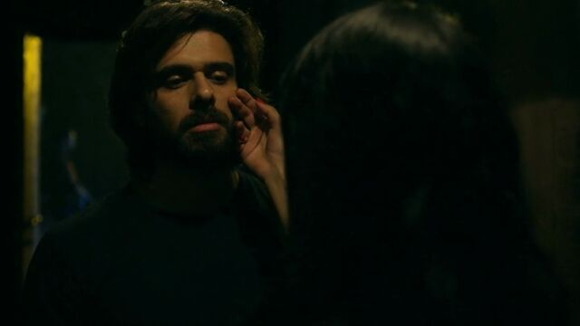 File:In1x02 assassin and Mehr.jpg