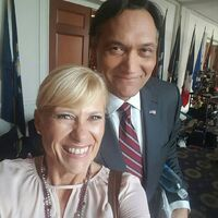 Jimmy Smits BTS 3-21