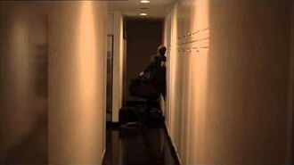 Jack Bauer knocks out cop in apartment penthouse