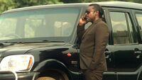 In1x11 Raja on phone