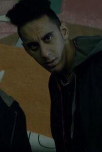 9x03 gang member muzz khan