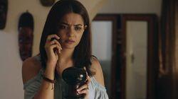 In2x02 Maya on phone