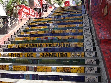 File:Escadaria-selaron.jpg