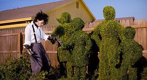 Edward-Scissorhands-topiary