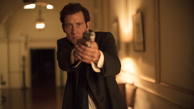 Clive Owen Says His New Sky-Netflix Movie 'Anon' is Best Seen on the Big Screen