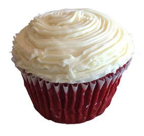 Red-velvet-cupcake 03