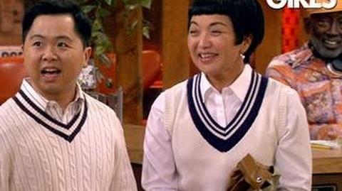 2 Broke Girls - Mama Han